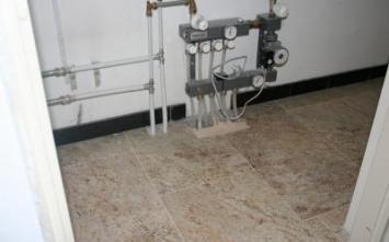 kwaliteit vloertegels.nl - Vloerverwarming, Vloerverwarming na oplevering